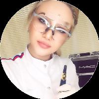 Преподаватель школы Перманентного макияжа